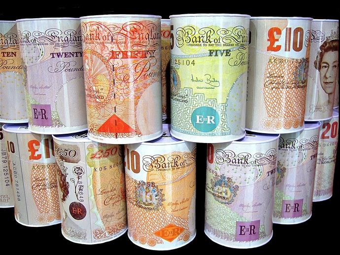money-boxes-57124_1920